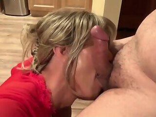 Mature Awesome Blowjob And Awesome Face Cum